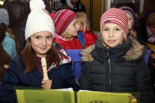 2011-12-16 - Neumarkter Adventmarkt - 4. Freitag (040)