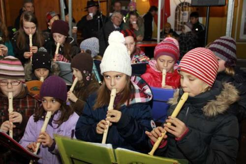 2011-12-16 - Neumarkter Adventmarkt - 4. Freitag (044)